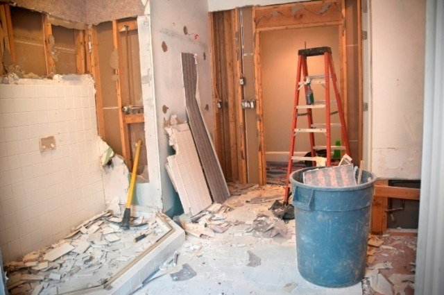 Home Renovations & Asbestos Materials-640×425